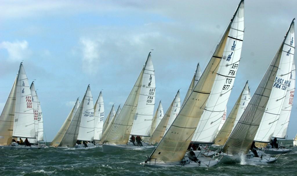 [Régate en flotte] 6 Equipages de l'APCC en lice pour le National J80.